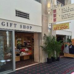 logo_amenities_giftshop.jpg